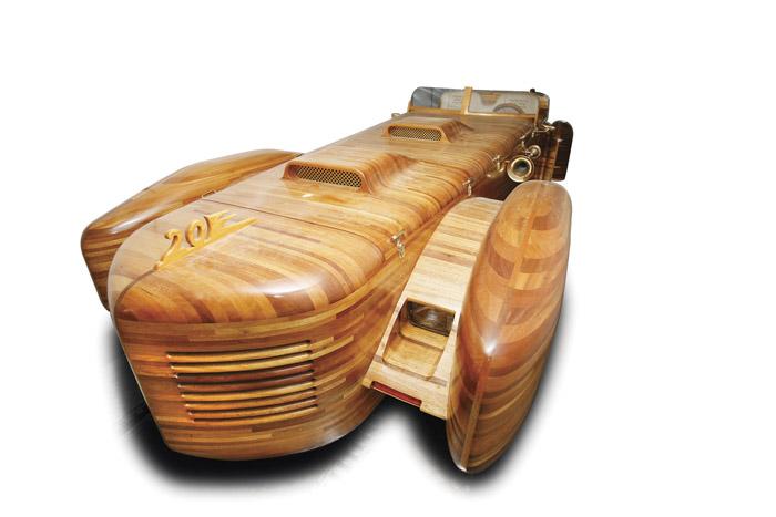 Coche de madera 2