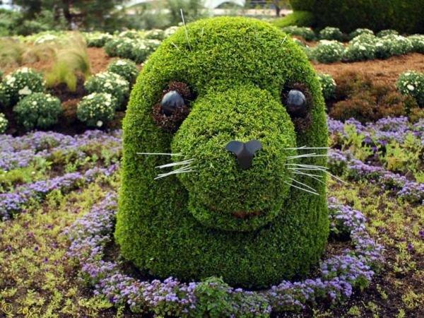Jardin con figuras
