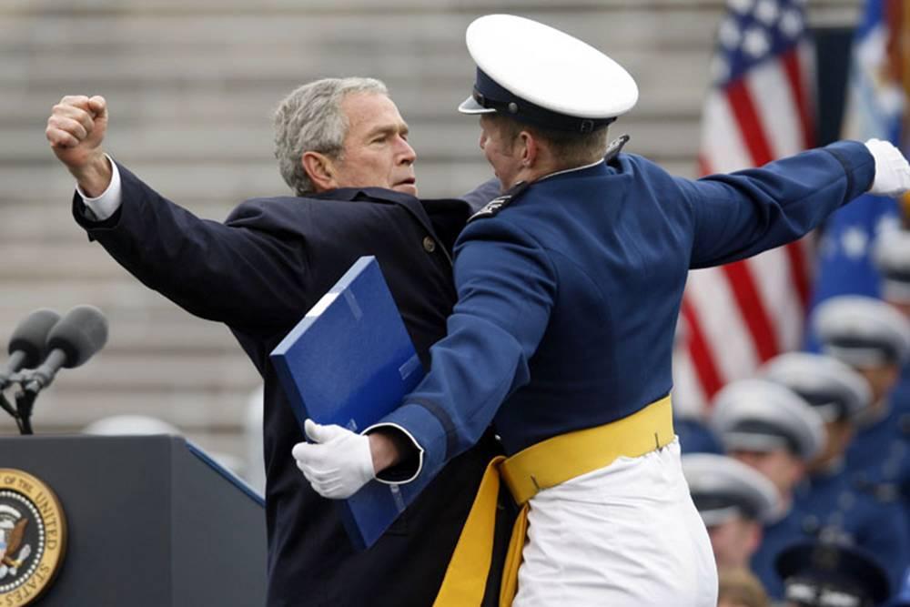 Adios a Bush 15