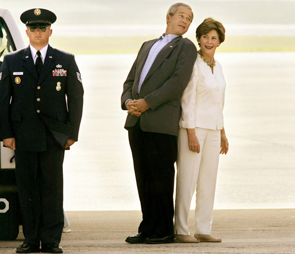 Adios a Bush 18